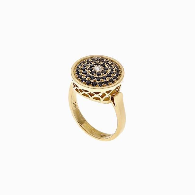 טבעת זהב עם אבני עיצוב מירב שביט